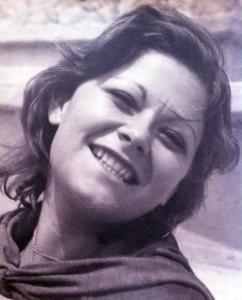 FOTO DE MI MADRE JOVEN